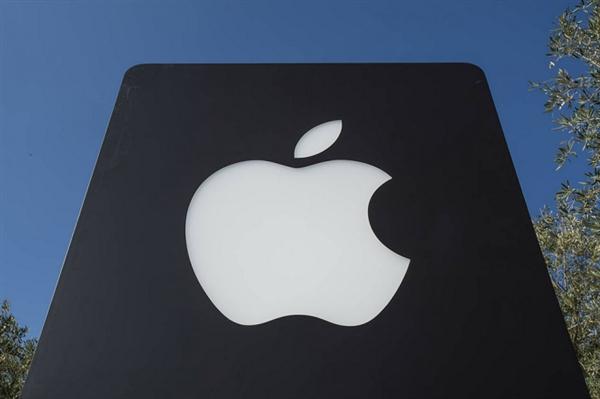 苹果召回部分三插交流电源插头转换器 存触电风险