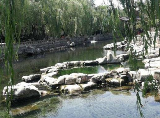 黑虎泉取水点已关闭4个月啥时候开放?景区回应:还得等等
